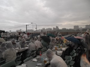 ②会場(降雨時)